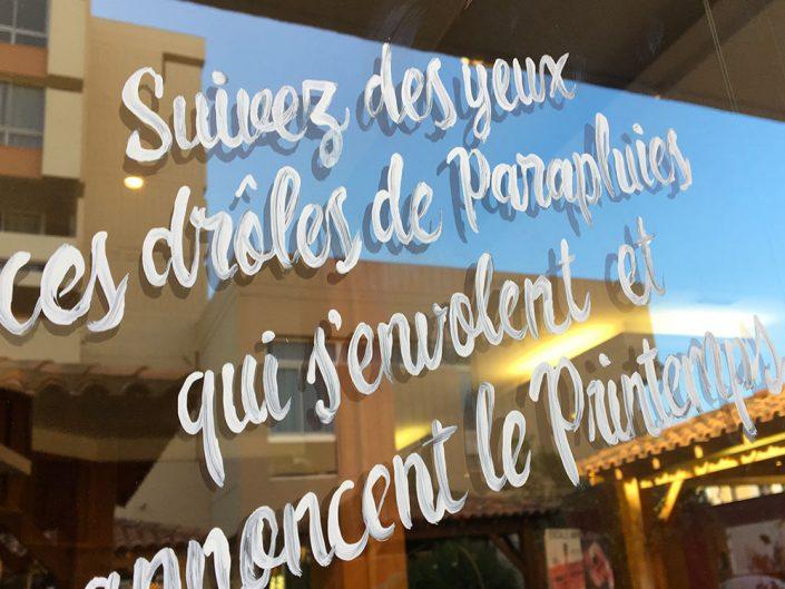 deco Printemps / Vitrine de fleur // Décoration centre commercial hypermarché / restaurant