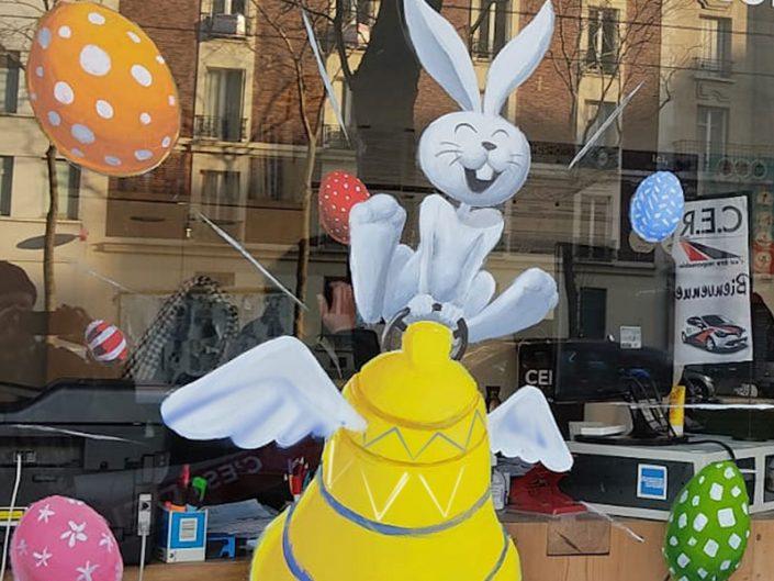 006-PAQUES-decoration.peinture.virine.magasin.paris.idee.deco.vitre.restaurant.brasserie.parisienne